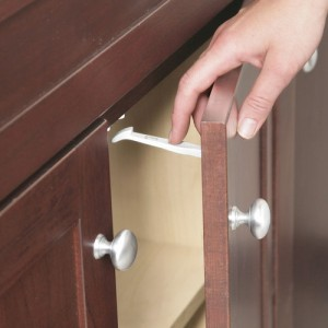 free-home-made-simple-cabinet-latch-tfs